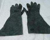 Vintage 40s 50s Forrest Green Suede Leather Gauntlet Gloves Western Cowgirl Cowboy Glove