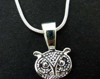 "Delicate Owl Necklace.  Silver Plated Necklace and Owl Pendant.  18"" or 46 cm Chain."