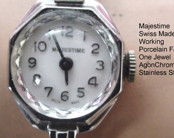 Women VintageWatch  MAJESTIME Swiss Mechanical No Battery Need it and One Jewel Watch Working Porcelain Face