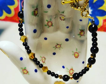 Black & Gold Beaded Bracelet with Toggle Clasp