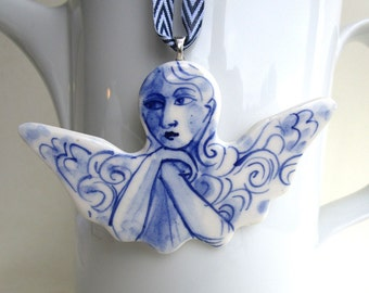Handformed and handpainted porcelain Delft ornament/wall hanging - Angel