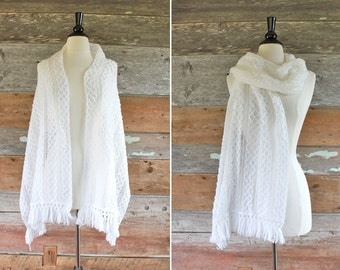 white crochet shawl / wedding shawl / white fringe shawl
