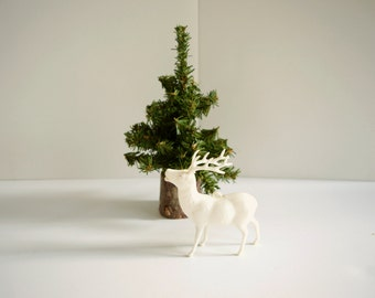 Vintage White Reindeer . 1950s Christmas Decoration . White Deer . Winter Decor