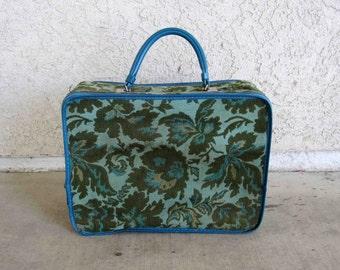 Vintage Avon Sales Representative Bag. Circa 1960's.