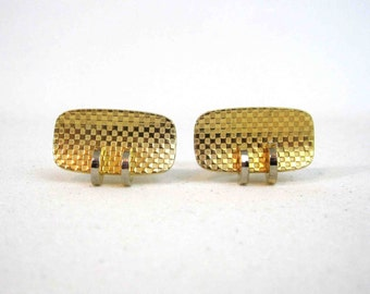 Vintage Modern Checkered Cuff Links in Gold and Silver Tone. Circa 1960's.