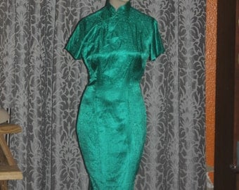 Vintage Green 1950's 60's Asian Fitted Dress M