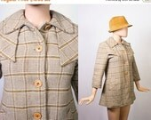 Vintage Fitted 60s Coat / 1970s Wool Jacket / 70s Fitted Dress Coat / Cappuccino Brown & Cream Plaid / 1960s Mod / Tiny Fit / Extra Small
