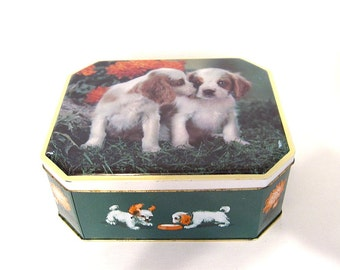 Vintage Puppies Dogs Biscuit Tin, White Spaniel, Fox's England