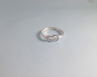 925 Sterling Silver Love Knot Ring Size 7