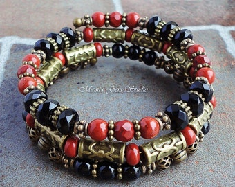 Black Onyx Red Jasper Bracelet, Memory Wire Beaded Bangle, Antiqued Brass, Handcrafted