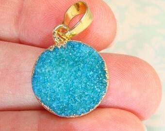 1 Turquoise Druzy Charm Round Pendant 15mm Agate Aqua Green Quartz 24K Gold Rim & Bail Necklace Pendant Natural Stone Jewelry Supplies 5PR2