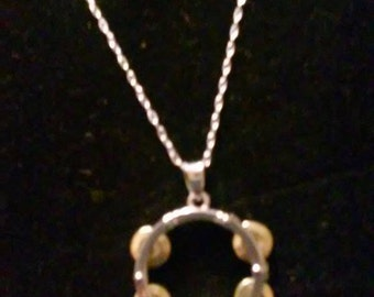 NEW!!!        18 inch chain Tambourine necklace