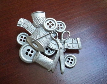Vintage Jewelry Brooch Sewing Supplies Pewter Pin Collectible Jewelry