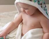 Toddler Organic Bamboo Hooded Bath Towel: Blue Triangle
