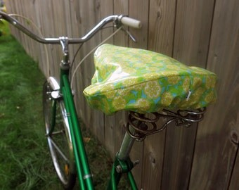 Waterproof saddle cover for biking - Green Blue Yellow flowers