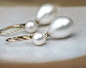14k Solid Yellow Gold Teardrop Pearl Earrings | White Freshwater Drops - 6mm Round Pearls | 14k Leverbacks | Vintage Style | Ready to Ship