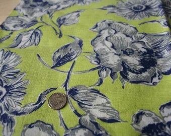 Vintage Cotton Feed Sack Feedsack Fabric Daisies Floral Chatreuse Green