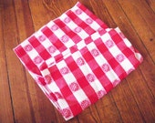 1950s Picnic blanket -  red checkered picnic blanket - table cloth - vintage