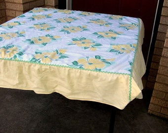 Vintage Floral Table Cloth Yellow and Green Handmade Vintage Rick Rack Trim
