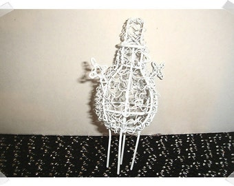Miniature White Wire Snowman Figure/ Minis/ Supplies*