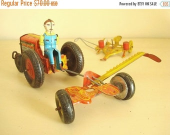 Marx tin toy tractor, mower, corn planter, 3 piece set Louis Marx Co. vintage 1940s 1950s collectible litho tin toys, farm set metal toys
