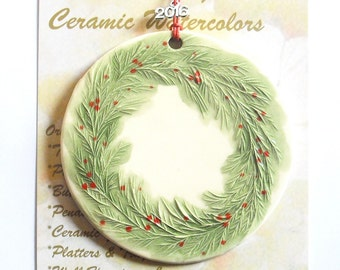 2016 WREATH ORNAMENT Handcarved includes free gift wrap