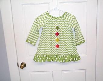 Green chevron girls top size 7
