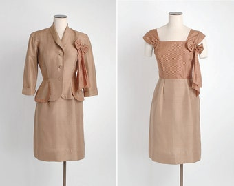 SALE! 1940s vintage brown silk polka dot suit dress + jacket * great pockets and removable bow corsage 5S916