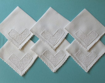 6 1930s Napkins Hand Crocheted Filet Flower Lace Corners White Linen Luncheon Afternoon Tea Size