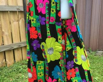 Vintage 60s Mod Flower Power Beach Coverup Swimsuit Skirt Size Medium large