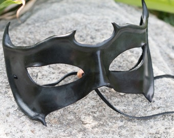 Horned Leather Mask Charcoal Black