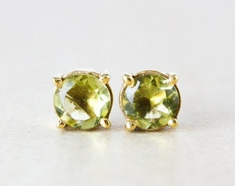 25% OFF Green Peridot Quartz Studs - August Birthstone Studs - Goldv