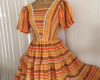 Sale Yee Haw -- Adorable Vintage Western H Bar C Ladies Dress from the 60's Size S-M