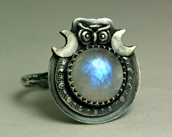 Rainbow Moonstone Owl Ring, Crescent Moon Jewelry, Sterling Silver Witchy Style Twig Ring, Unique Jewels