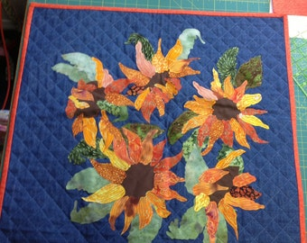 Sunflower Wallhanging/Table Topper