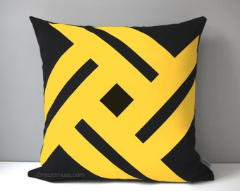 Black & Yellow Outdoor Pillow Cover, Decorative Geometric Pillow Case, Modern Throw Pillow Cover, Sunbrella Pillow Cushion Cover Pinwheel