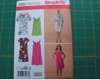 Simplicity 2997 Misses Dress or Mini Dress Sizes 8-16 sewing pattern