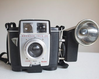 Vintage Camera Outfit, Working Brownie Twin 20, With Box, Instructions, Flashbulbs, Gift For Photographer or Camera Collector, Under 50