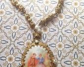 Antique ROMANCE lariat cameo filigree necklace pendant prince princess couple wedding love