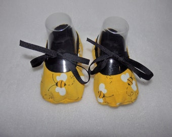 Ready to Ship - 0-3 Months - Bumble Bees Yellow and Black Mary Jane Baby Shoes - Sizes Available 0-3, 3-6, 6-9, 9-12 & 12-18 Months