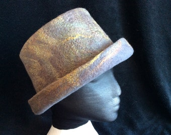 Merino wool and silk sliver flat top hat