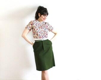 ON SALE Green Skirt / 60s Green Wool Wiggle Skirt / 1960s Grass Green Pencil Skirt