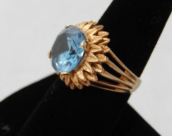 14k Large Blue Stone Cocktail Ring sz 8 Spinel