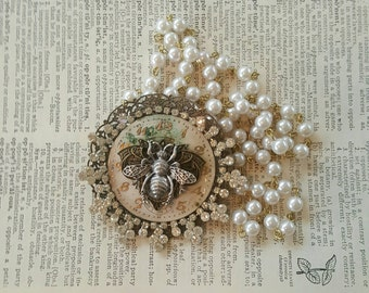 Vintage Pearl Rhinestone Assemblage Steampunk Bee Necklace G