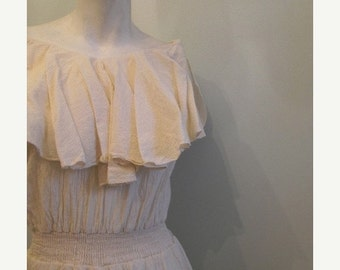 ON SALE vintage. 70s Cream Gauze Cotton Dress // M L