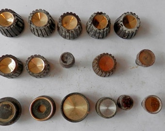 16 vintage radio knobs look to be off the same or similar radios steam punk projects