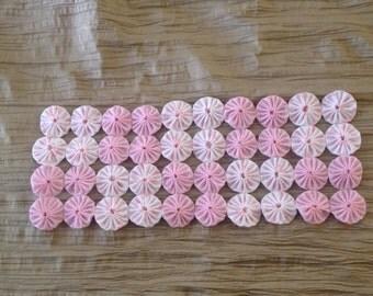 Fabric Yoyo Table Runner or Mat, Pink & White