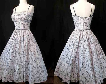 "Adorable 1950's Cotton Print Sun Dress w/ Shelf Bust & Full Skirt by ""Ozzie of California"" Pinup Girl Rockabilly Swing Dance VLV Size-Small"
