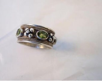 Sterling Silver Wide Ornate Peridot Glass Ring