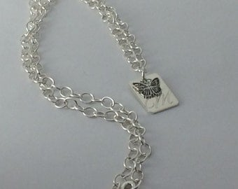 Engraved tag necklace with charm, personalized rectangle tag, argentium silver, handcrafted, choose letter